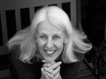 Dr Carolyn Burdett